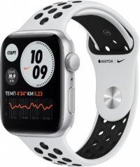 Watch Nike SE, 44 мм, корпус из алюминия серебристого цвета, спортивный ремешок Nike цвета «чистая платина/чёрный»